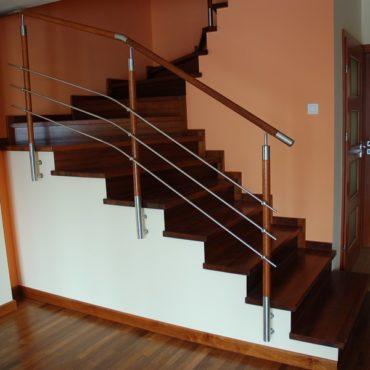 Obłożenia schodów betonowych